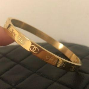 Cute ❤️ Gold Bracelet